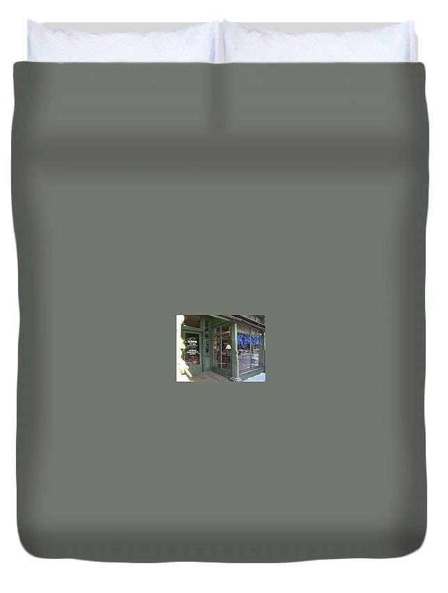 Kbhr Duvet Cover featuring the photograph Kbhr - Northern Exposure by Kimberly Maxwell Grantier