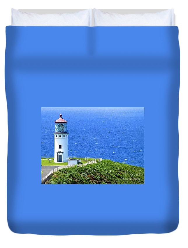 Lighthouse Duvet Cover featuring the photograph Kilauea Lighthouse by Barbara Zahno