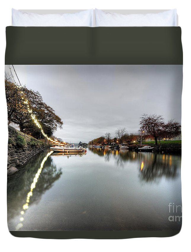 Kingsbridge Duvet Cover featuring the photograph Kingsbridge Reflections by Rob Hawkins