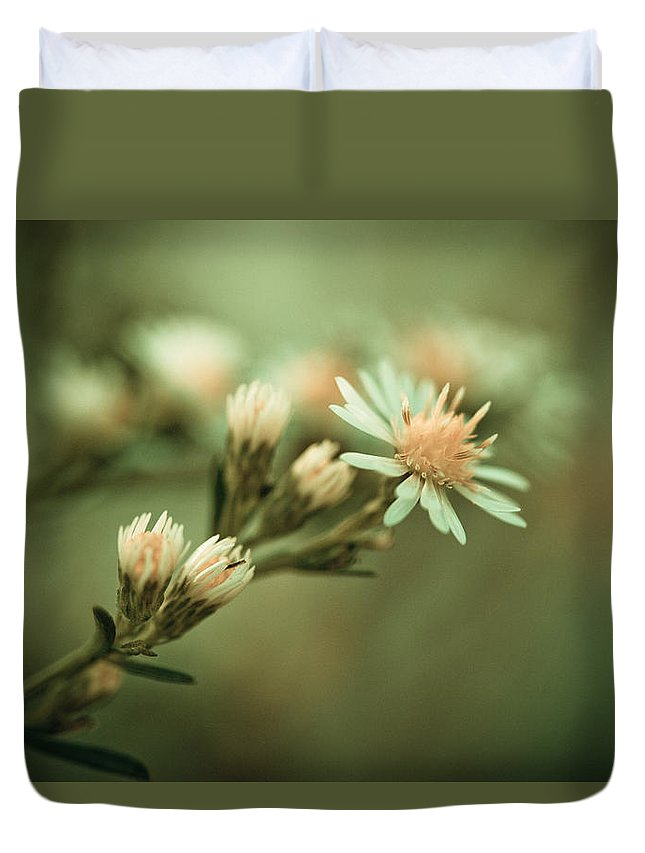 Flower Duvet Cover featuring the photograph Kiss by Shane Holsclaw