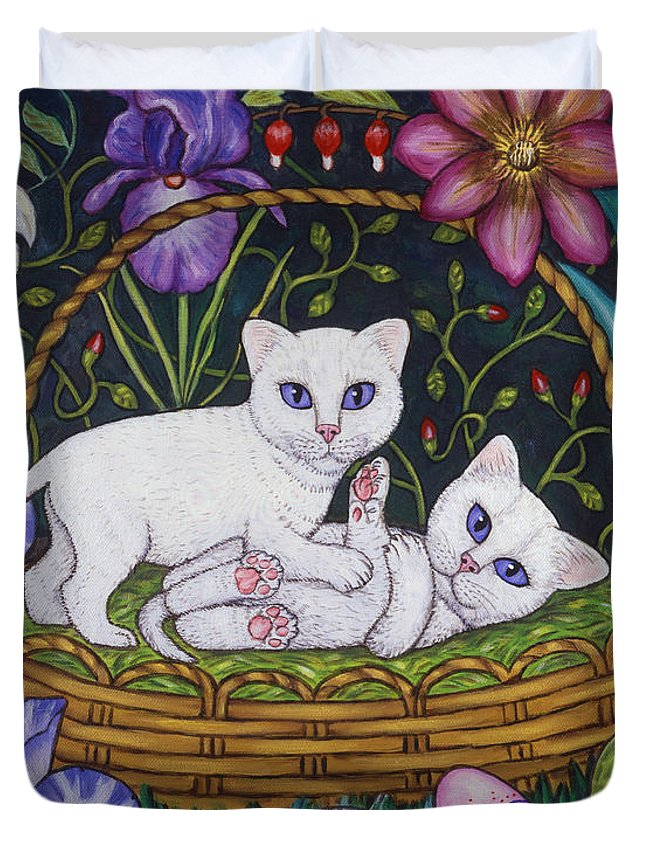 Kittens Duvet Cover featuring the painting Kittens In A Basket by Linda Mears