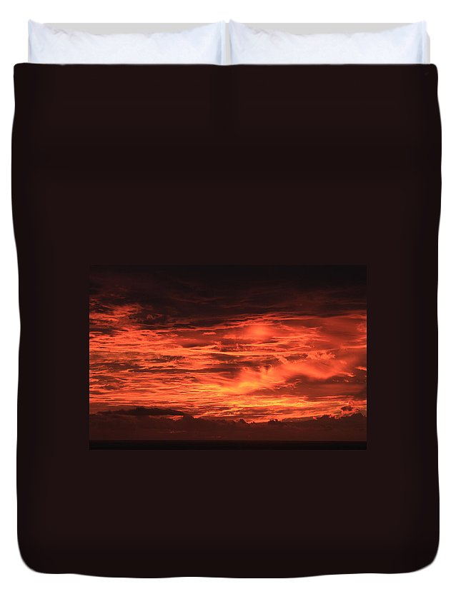 Hawaii Duvet Cover featuring the photograph Kona Sky On Fire by Kimberly Reeves