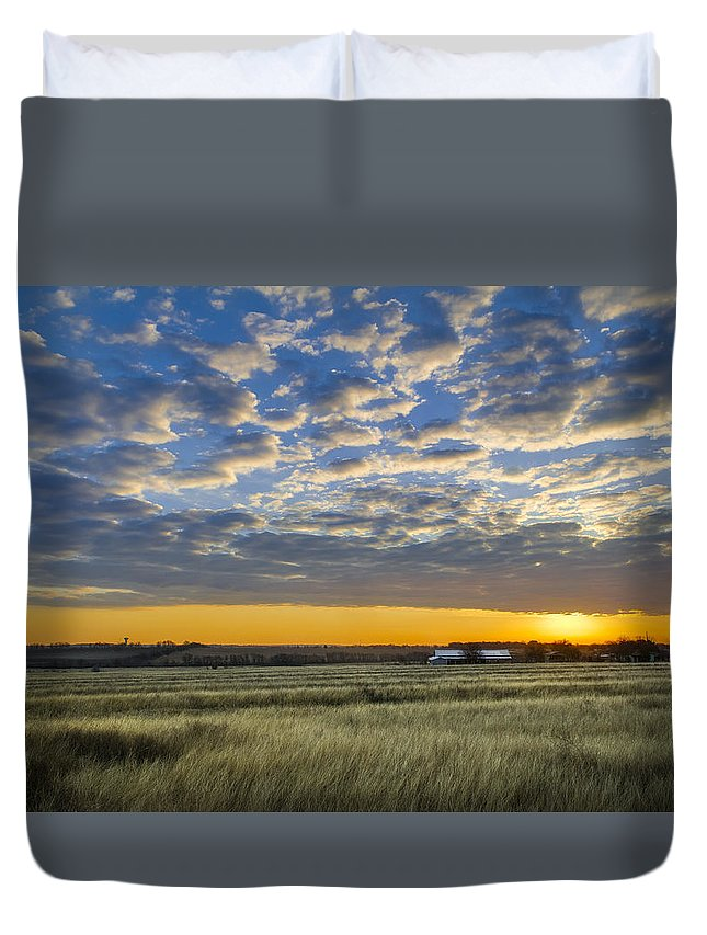 Clouds Duvet Cover featuring the photograph Kyle Barn Sunrise by Sean Wray