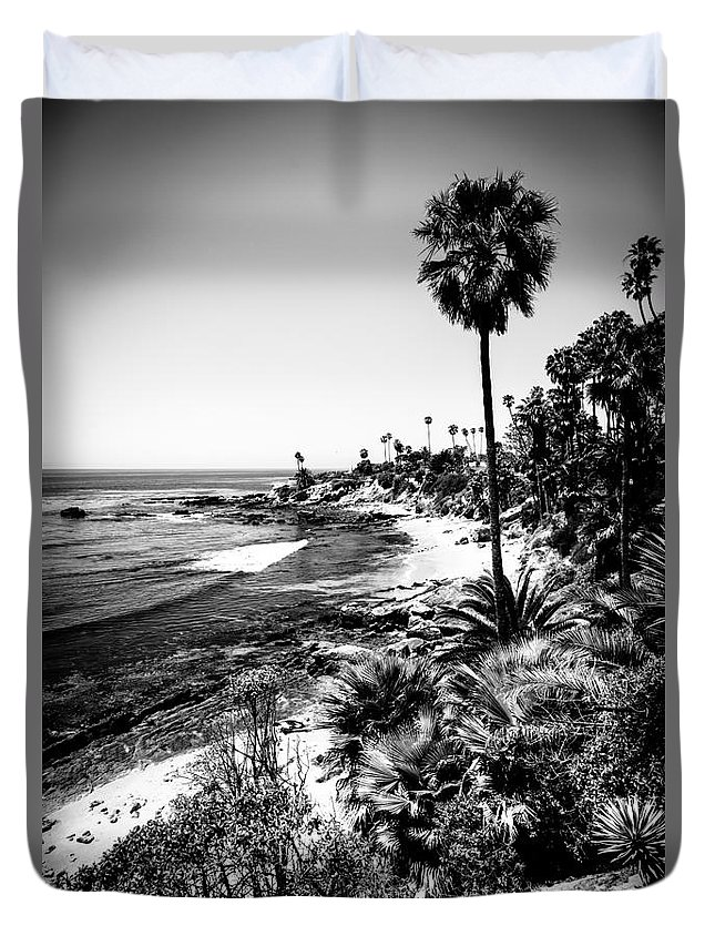 America Duvet Cover featuring the photograph Laguna Beach Pacific Ocean Shoreline In Black And White by Paul Velgos