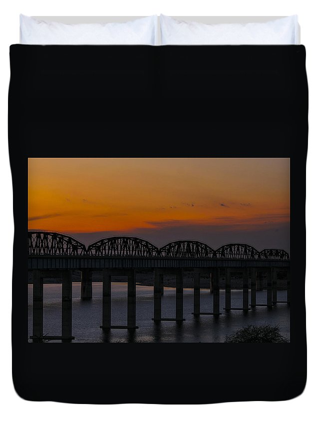 Landscapes Duvet Cover featuring the photograph Lake Amistad Sunset by Amber Kresge