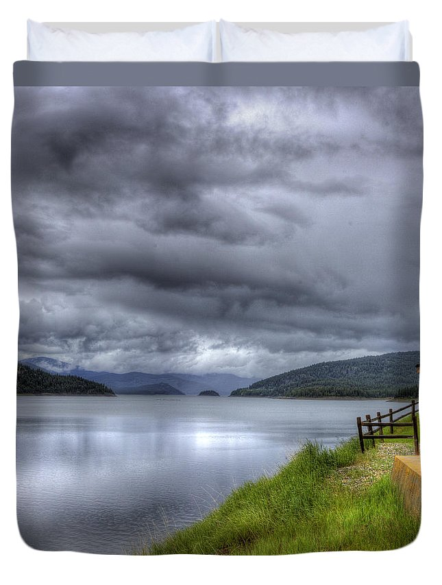 Lake Koocanusa At Libby Dam Duvet Cover featuring the photograph Lake Koocanusa At Libby Dam by Lee Santa