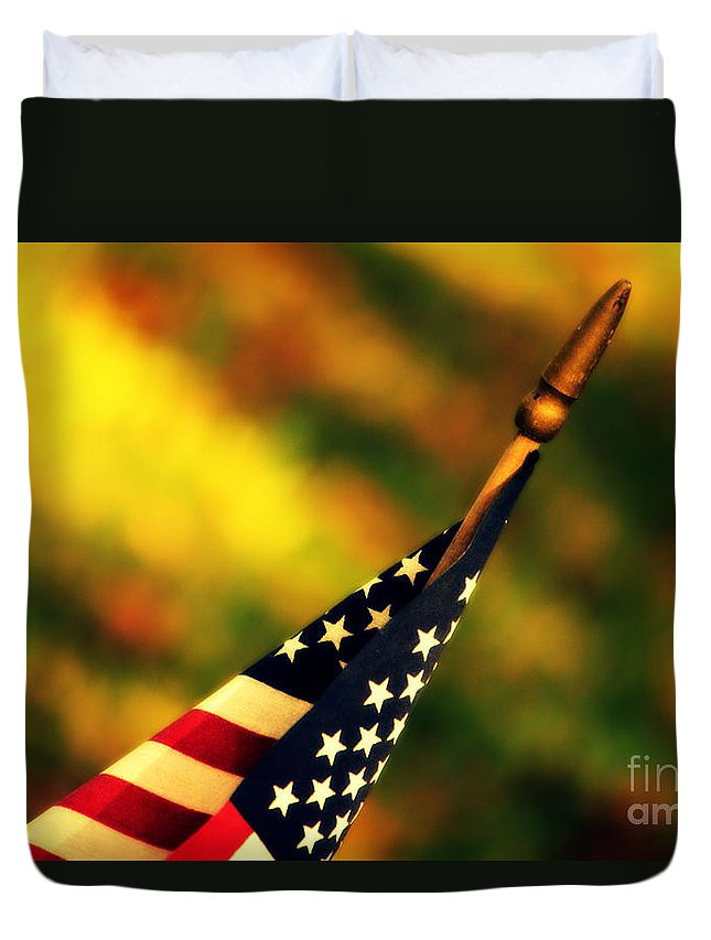 Flag Duvet Cover featuring the photograph Land Of The Free by Susanne Van Hulst