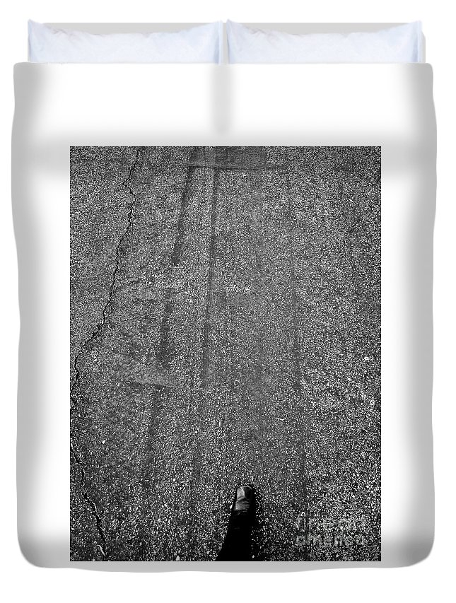 Abstract Duvet Cover featuring the photograph Landed Left Foot by Fei A