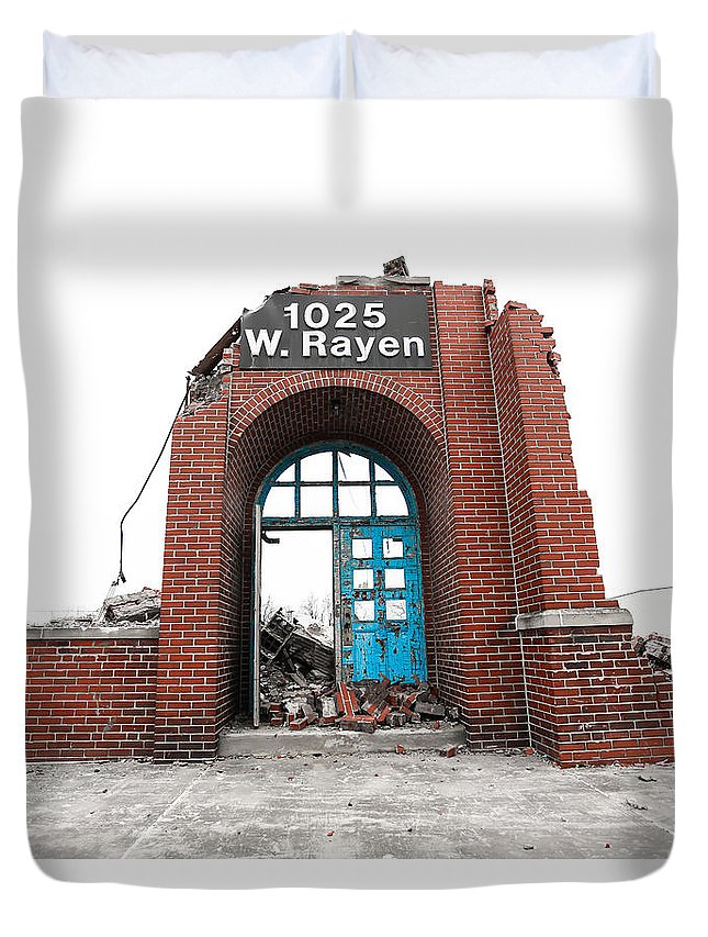 Youngstown Ohio Urban School Brick Urbanx Taaffe 1025 West Rayan Teacher Book Old Creepy Art Duvet Cover featuring the photograph Last Stand 2.0 by Jimmy Taaffe