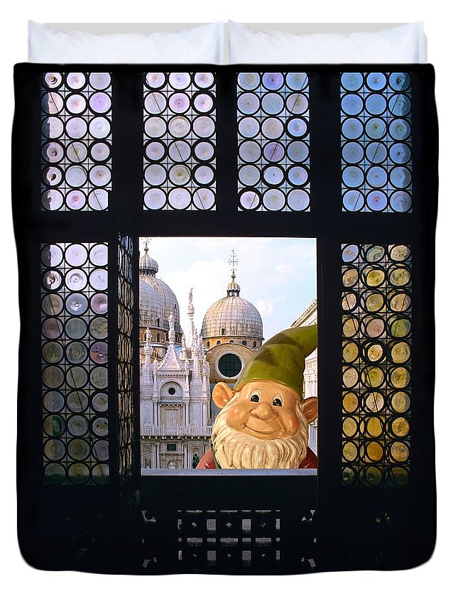 Gnome Duvet Cover featuring the photograph Laughing Gnome In Venice by Bruce Stanfield