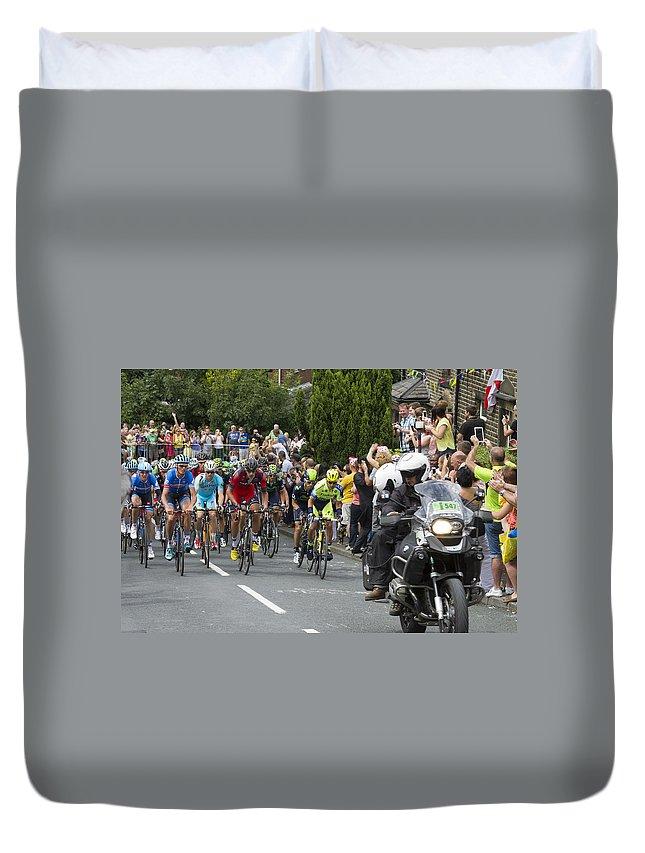 Tour De France Duvet Cover featuring the photograph Le Tour De France 2014 - 5 by Chris Smith