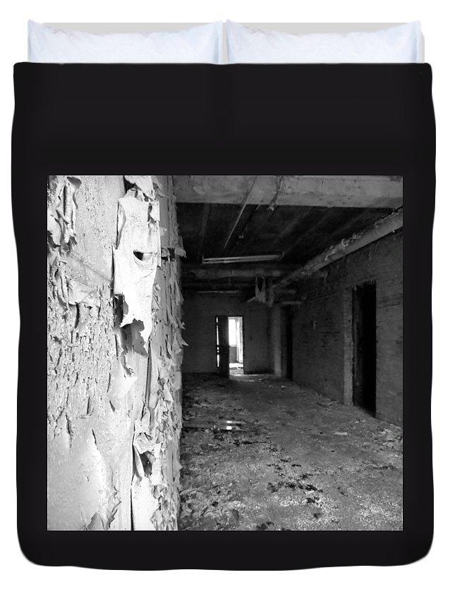 Haunt Duvet Cover featuring the photograph Lead Paint by Art Dingo