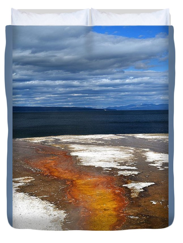 Landscape Duvet Cover featuring the photograph Lead The Way by Deanna Cagle