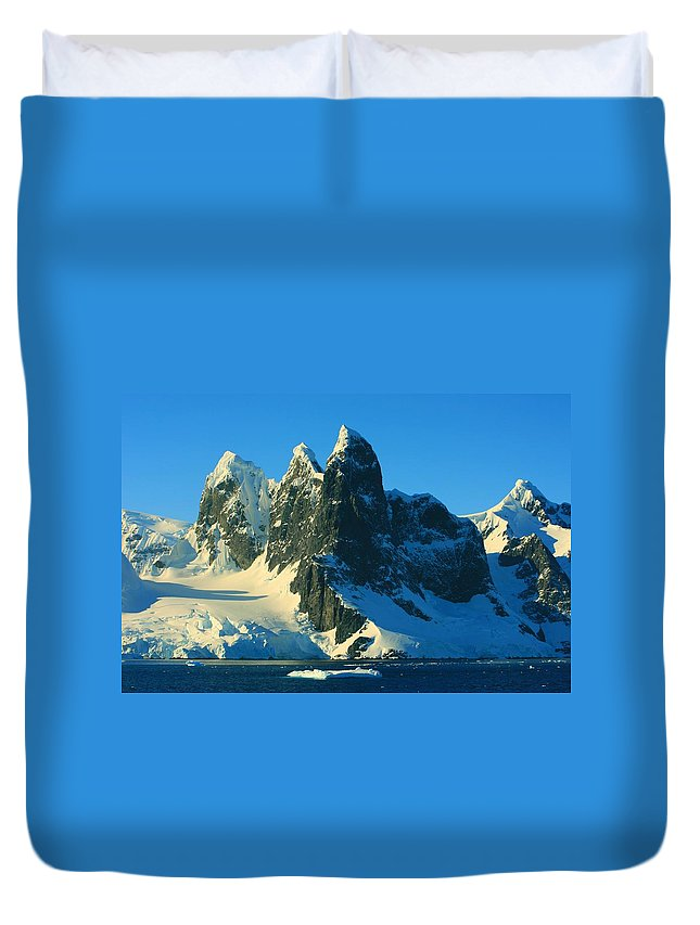 Ice Mountain Duvet Cover featuring the photograph Lemaire Channel Antarctica by Amanda Stadther