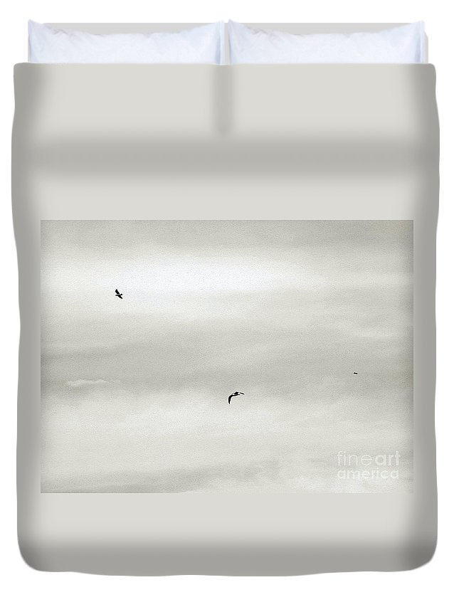 Bird Duvet Cover featuring the photograph Let Your Spirit Soar by Robyn King
