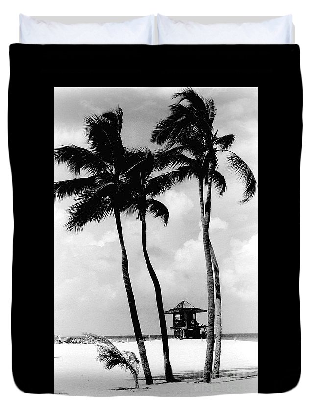 Gary Gingrich Duvet Cover featuring the photograph Lifeguard Hut by Gary Gingrich Galleries