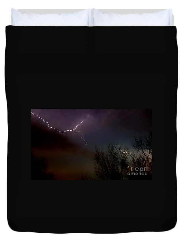 Light Duvet Cover featuring the photograph Lighning 4 by Jacqueline Athmann