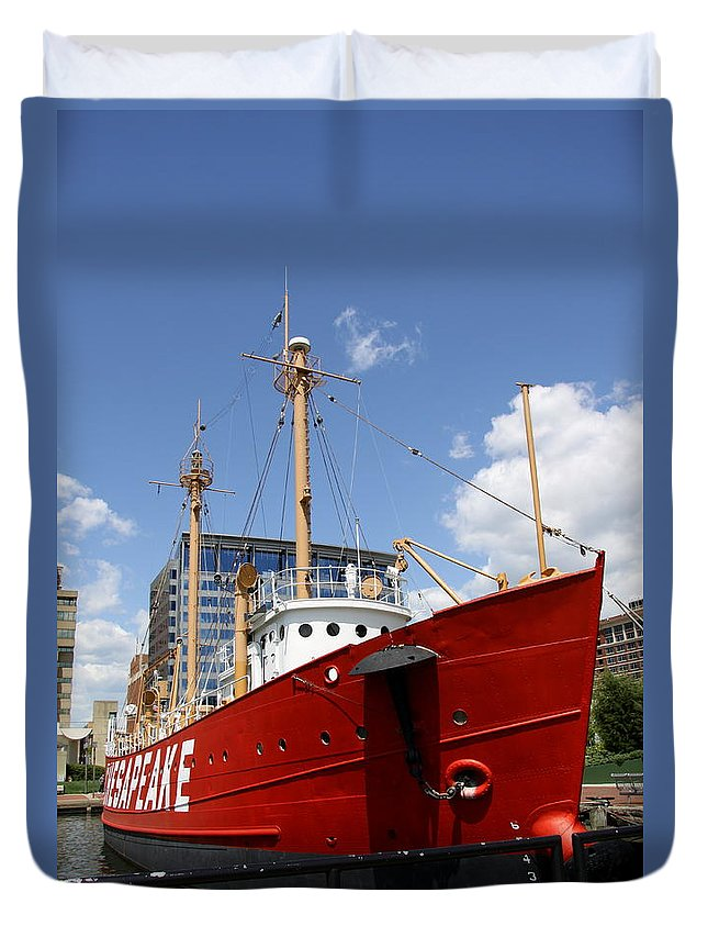 Light Vessel Duvet Cover featuring the photograph Light Vessel Baltimore Harbor by Christiane Schulze Art And Photography