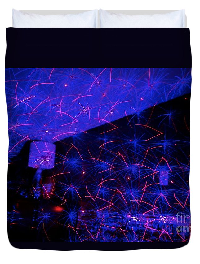 Light Duvet Cover featuring the photograph Light Work 17 by Jacqueline Athmann