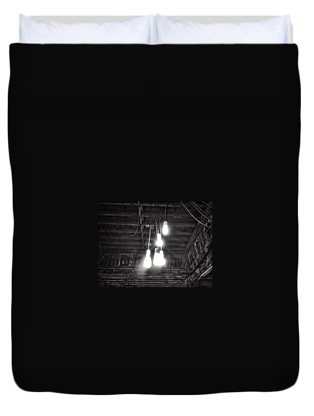 Black And White Duvet Cover featuring the photograph Lightbulbs by H James Hoff