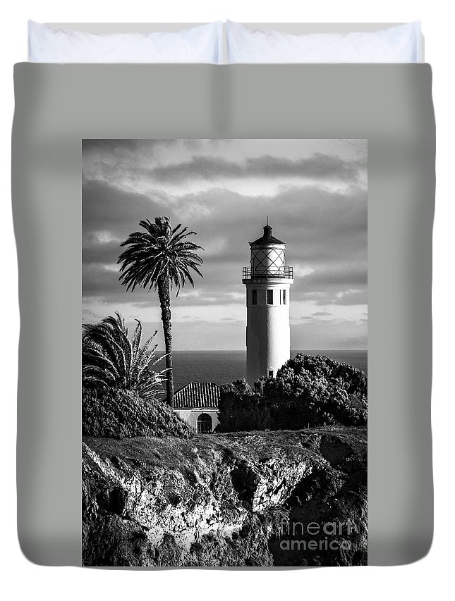 Black And White Photo Duvet Cover featuring the photograph Lighthouse On The Bluff by Jerry Cowart