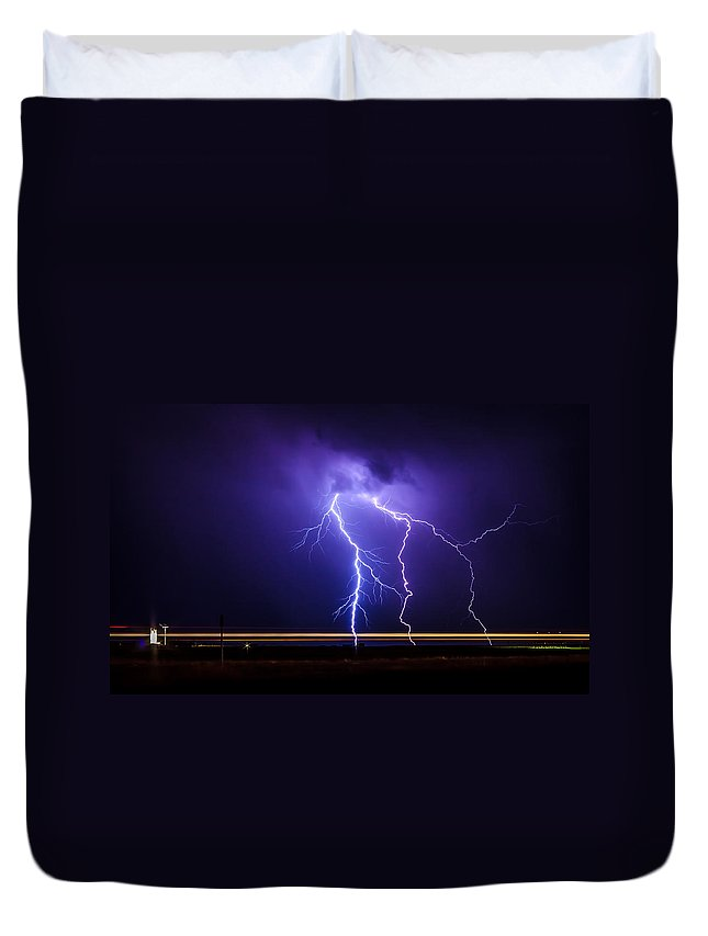 Nature Duvet Cover featuring the photograph Lighting1 by John Lee