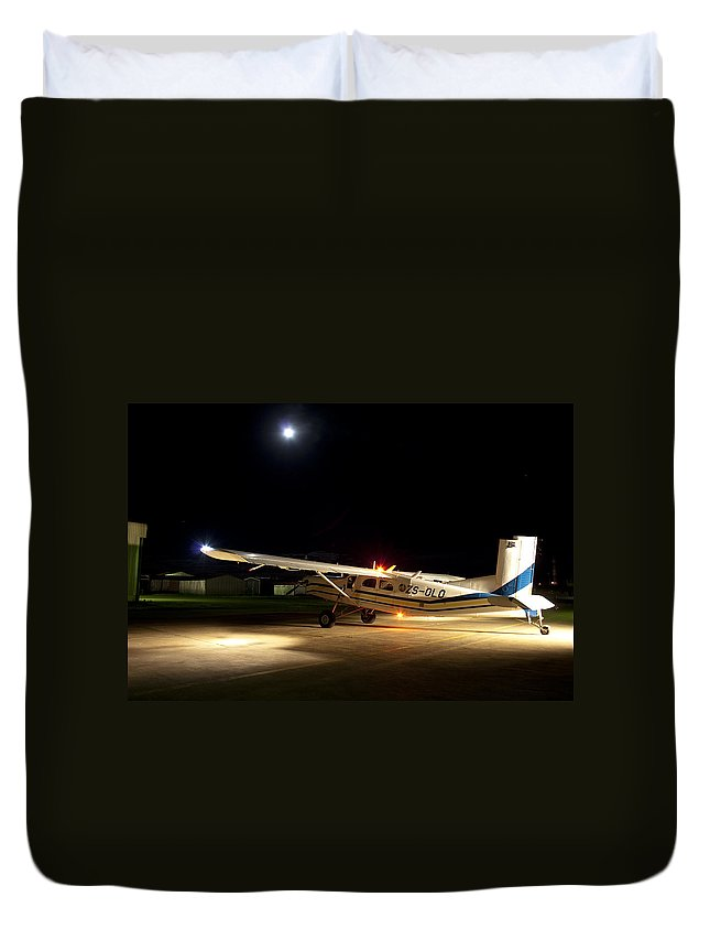 Moon Duvet Cover featuring the photograph Lights Down by Paul Job
