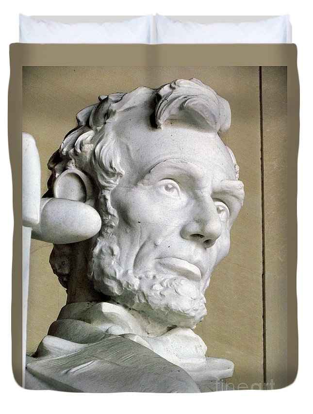 Abraham Lincoln Duvet Cover featuring the photograph Lincoln by Elizabeth Dow