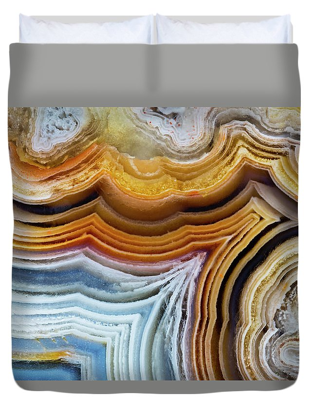 Geology Duvet Cover featuring the photograph Lines And Pattern In Agua Nueva Mexican by Darrell Gulin