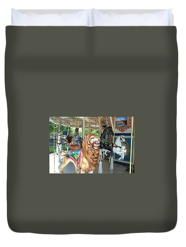Lion Duvet Cover featuring the photograph Lion At Liberty by Barbara McDevitt