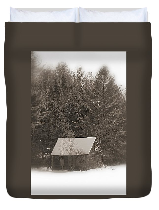 New Hampshire Duvet Cover featuring the photograph Little Cabin In The Woods by Jes Fritze