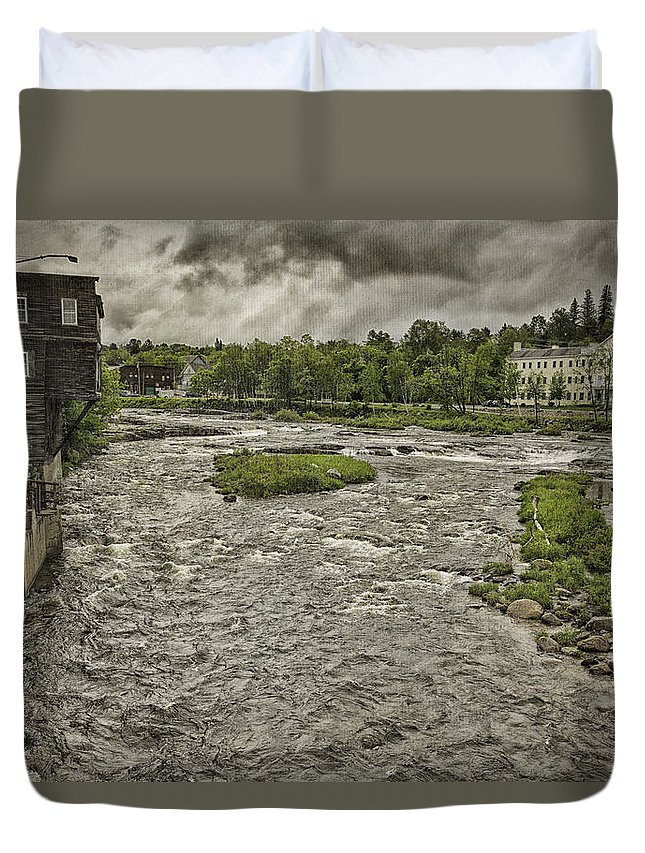 Landscape Duvet Cover featuring the photograph Littleton Mill by Fran Gallogly