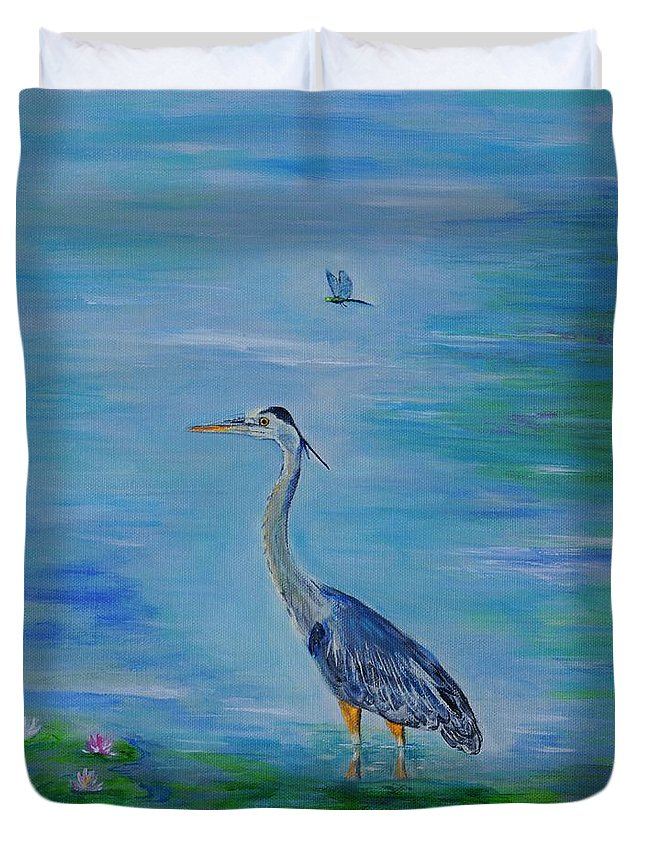 Heron Duvet Cover featuring the painting Living In The Moment by Leslie Allen
