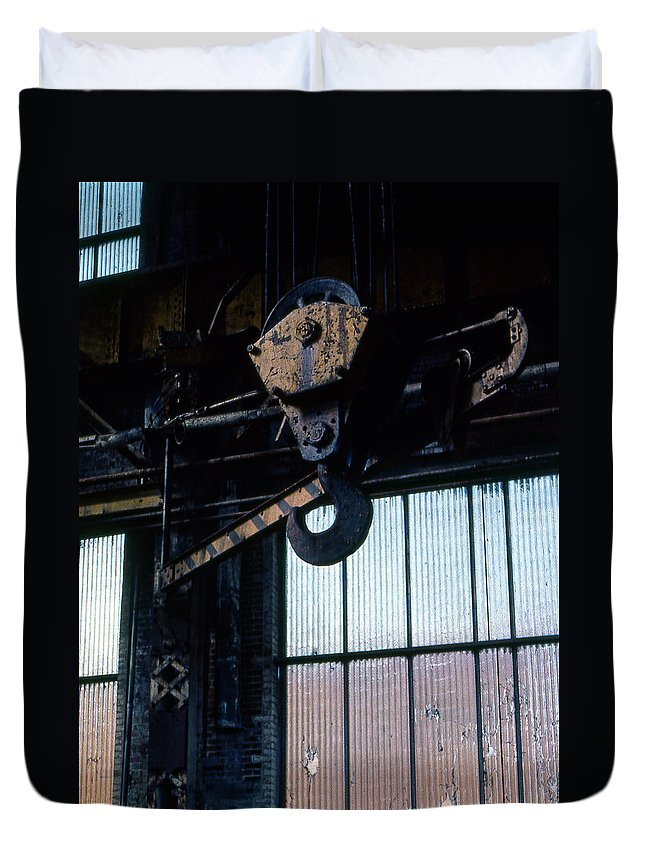 Hooks Duvet Cover featuring the photograph Locomotive Hook by Richard Rizzo