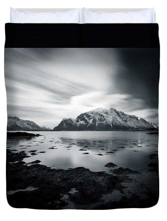 Lofoten Islands Duvet Cover featuring the photograph Lofoten Beauty by Dave Bowman