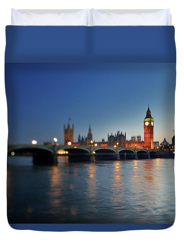 Tranquility Duvet Cover featuring the photograph London, Palace Of Westminster At Sunset by Vladimir Zakharov