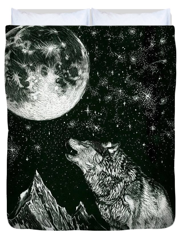 Carvings Duvet Cover featuring the drawing Lone Wolf by Lawrence Saunders