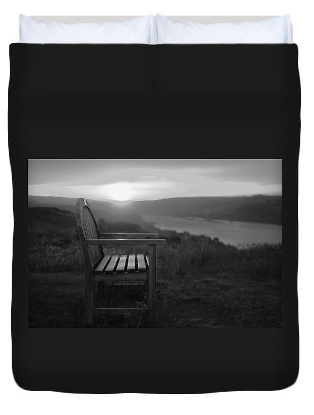 Columbia Gorge Duvet Cover featuring the photograph Lonely In The Waiting  by Jeff Swan