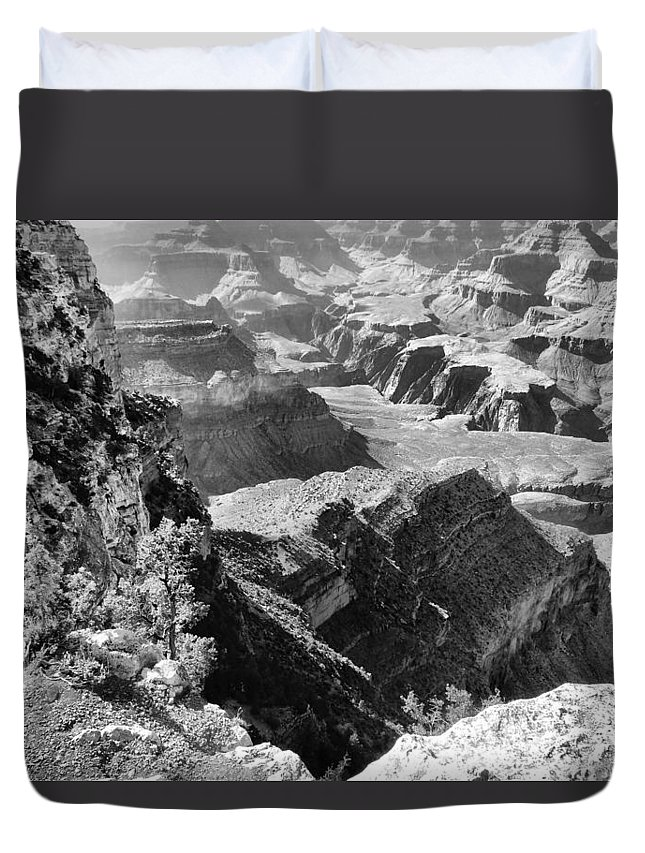 Black And White Layers Of Grand Canyon Duvet Cover featuring the photograph Looking Down On Grand Canyon by Dan Sproul