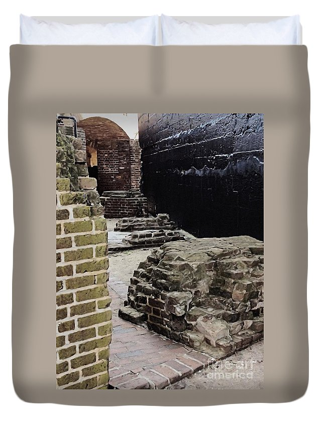 Fort Sumter Duvet Cover featuring the photograph Looking For Ghosts by Samantha Glaze