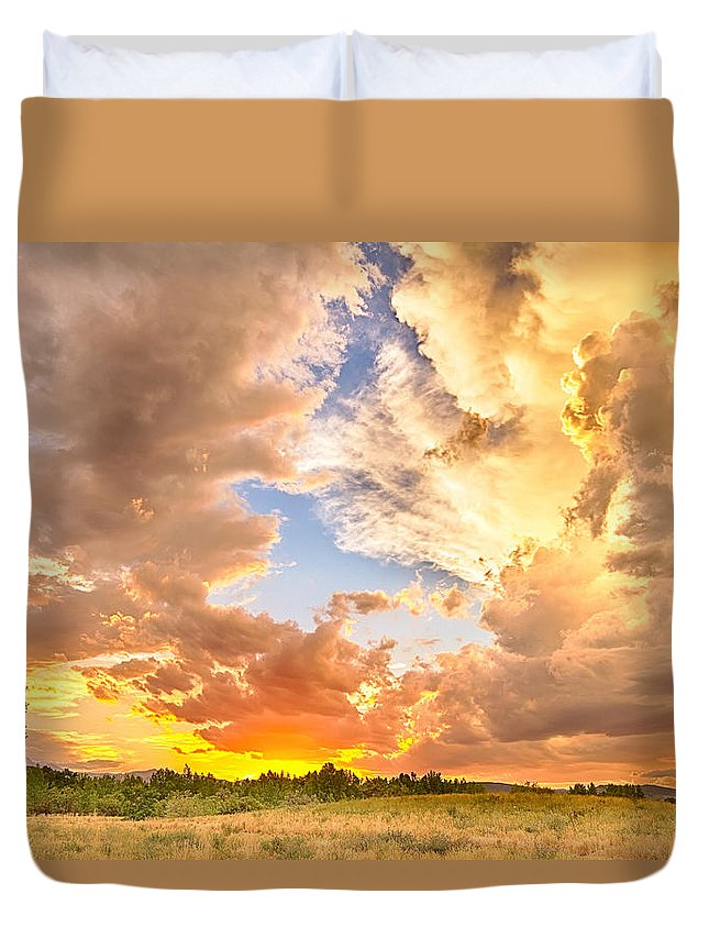 Sunset Duvet Cover featuring the photograph Looking Through The Colorful Sunset To Blue by James BO Insogna