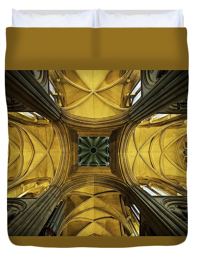 Arch Duvet Cover featuring the photograph Looking Up At A Cathedral Ceiling by James Ingham / Design Pics