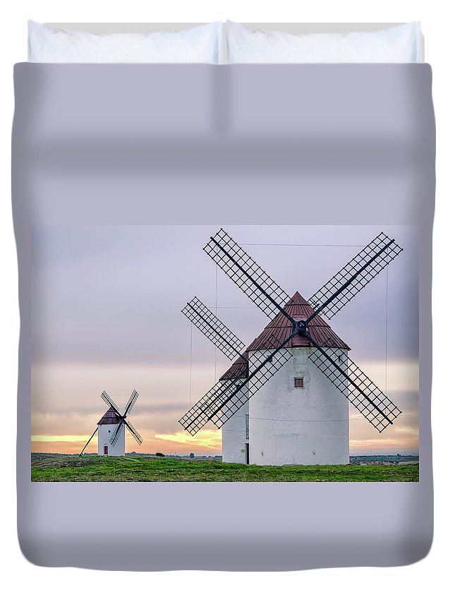Environmental Conservation Duvet Cover featuring the photograph Los Gigantes Del Quijote by Eddy Photo