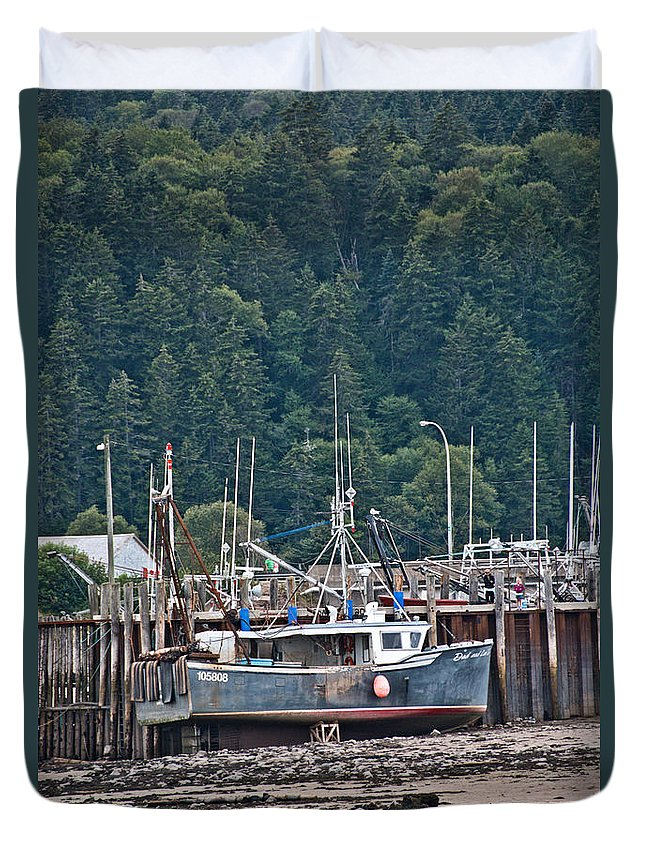 Duvet Cover featuring the photograph Low Tide Fishing Boat by Cheryl Baxter