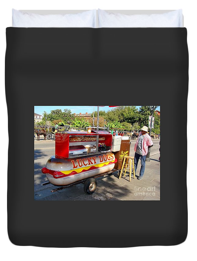 New Orleans Duvet Cover featuring the photograph Lucky Dogs by Ed Weidman