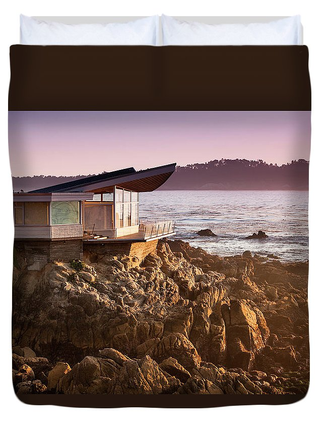 Water's Edge Duvet Cover featuring the photograph Luxury Home Overlooks The Big Sur by Pgiam