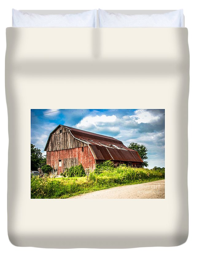 Barn Duvet Cover featuring the photograph M-99 Barn by Grace Grogan