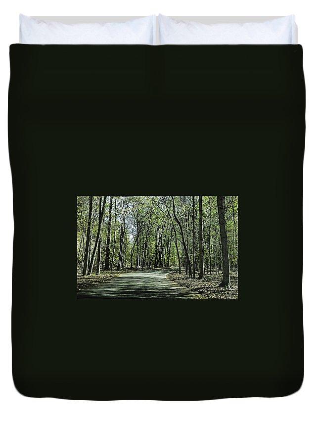 Usa Duvet Cover featuring the photograph M119 Tunnel Of Trees Michigan by LeeAnn McLaneGoetz McLaneGoetzStudioLLCcom