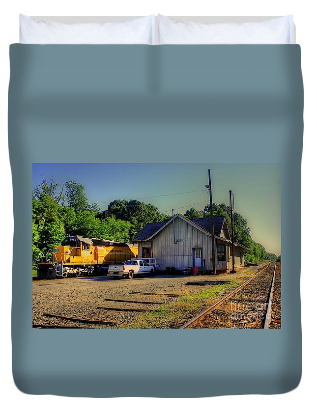Reid Callaway Train And Track Duvet Cover featuring the photograph Madison Georgia Historic Train Station by Reid Callaway