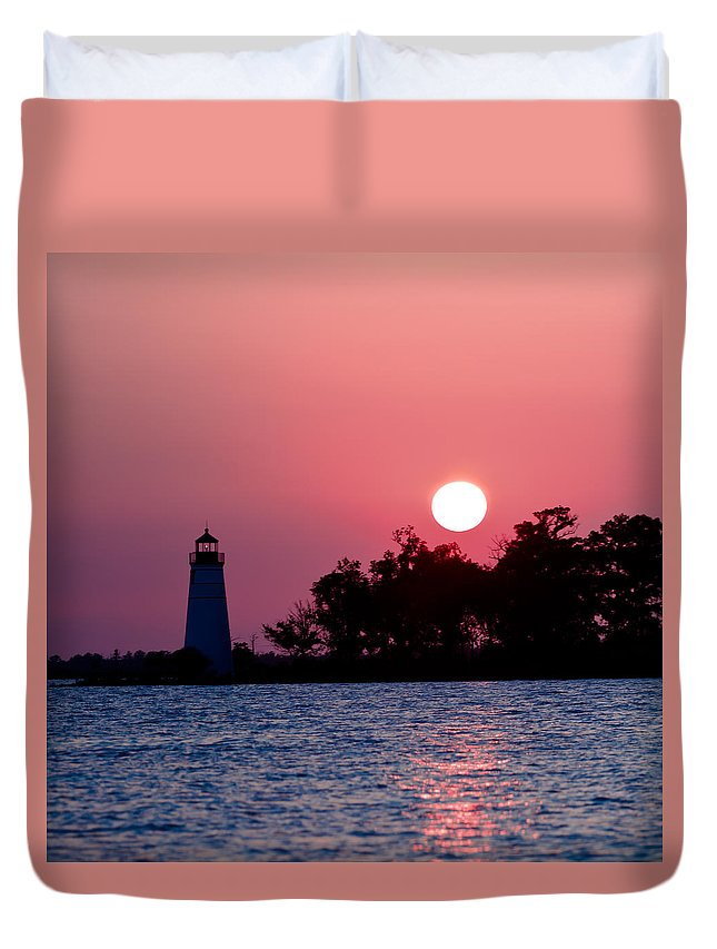 Madisonville Duvet Cover featuring the photograph Madisonville Lighthouse by Susie Hoffpauir